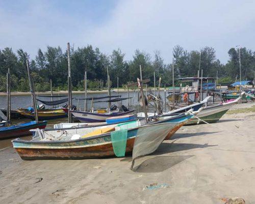beaches in Kuantan, places to visit in Kuantan, what to do in Kuantan, Things to do in Kuantan, beaches in Pahang, sand, sea, and sun Kuantan, fun in Kuantan, where to go in Kuantan, must visit places in Kuantan, recommended beaches in Kuantan, things to see in Kuantan, beaches in Malaysia, Beaches to windsurf at in Kuantan, Balok Beach Kuantan, What to do in Balik Beach Kuantan, Swiss Garden Beach Resort Kuantan, Where to fish in Kuantan, Beach fishing in Kuantan,