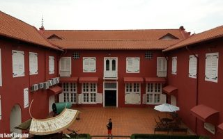 stadhuys melaka, stadhuys, the red building in melaka, red buildings melaka, melaka red buildings, melaka stadhuys, what to do in Malacca, things to do in Melaka, visiting melaka, must do in Melaka, visit Melaka, places to eat in melaka, where to eat in Melaka, places to stay in Melaka, where to stay in Melaka, budget hotel Melaka, budget melaka, staying in Melaka, recommended hotels in Melaka, Escapy Travel, Escapy Travel Magazine, Escapy Magazine, travel magazine, travel Escapy, escapy, Asean Publisher, Asean Publisher magazine, Encore Malacca, Encore Melaka,