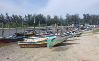 kuantan, Malaysia, boats, fisherman, sampan, visit malaysia, things to do, beach, coastal, fun,