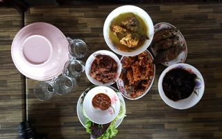 selangor, foodies, food, eat, places to eat, selangor eat, special food, unique food, wild food, game, delicious, delicious food, hungry, tasty, sekinchan, halal food, kuala selangor, sungai besar