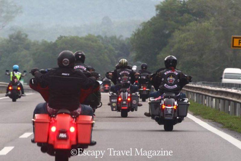 Motorcycle in Malaysia, biking in Malaysia, Malaysia road trip, Harley Davidson Malaysia, Harley Davidson groups in Malaysia, Kuala Terengganu on bike, Bike road trip Malaysia, Harley, Bikers, bikies, bikers Malaysia, Bikies Malaysia, Kingz, Kingz men, Kingz MG, kingz mg, Kingz Motorcycle Group, Kingz and Queenz, Iron Head MG, Ironhead MG, Harley owners group, Harley Owners Group Malaysia, HOG, HOG Malaysia, HOG Terengganu,